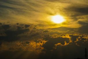 夕焼けのイメージの写真素材 [FYI04510028]