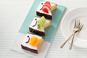 鯉のぼりケーキの写真素材 [FYI04510963]