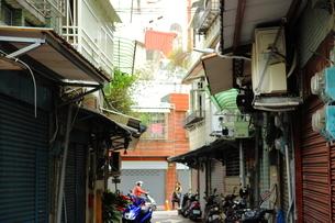 迪化街の路地の写真素材 [FYI04511764]