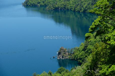 十和田湖の中湖の写真素材 [FYI04514957]