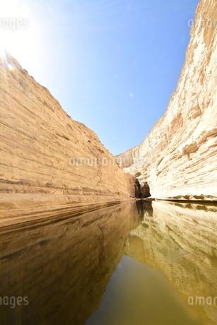 中東随一の絶景 ネゲブ砂漠(イスラエル)の写真素材 [FYI04517928]