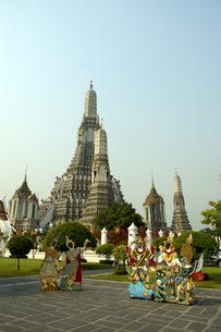 タイ バンコク 暁の寺(ワットアルン)の写真素材 [FYI04521777]