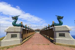 青森県 龍見橋の写真素材 [FYI04522434]