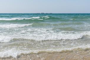 晴れた砂浜の風景の写真素材 [FYI04522464]