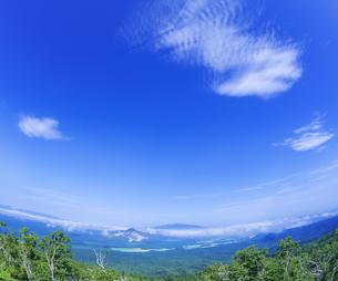 北海道 自然 風景 硫黄岳の写真素材 [FYI04524181]