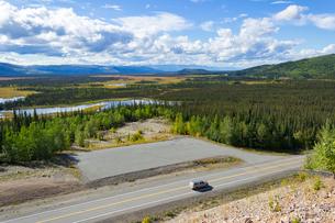 真夏のアラスカの写真素材 [FYI04524489]