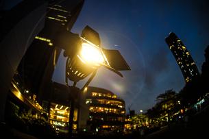 明るいスポットライトのイメージの写真素材 [FYI04524585]