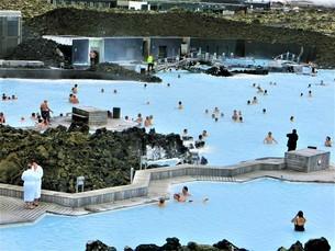 アイスランド、ブルーラグーン(温泉)の写真素材 [FYI04525641]