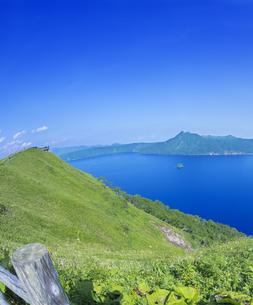 北海道 自然 風景 摩周湖の写真素材 [FYI04526554]