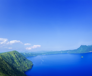 北海道 自然 風景 摩周湖の写真素材 [FYI04526581]