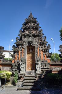 インドネシア バリ島 クタの寺院の写真素材 [FYI04528471]