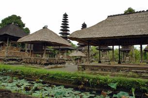 インドネシア バリ島 メングウィのタマンアユン寺院の写真素材 [FYI04528506]