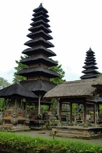 インドネシア バリ島 メングウィのタマンアユン寺院の写真素材 [FYI04528508]