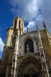フランス プロバンス地方 エクサンプロバンスの歴史的建造物の写真素材 [FYI04528630]