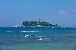 初夏の江の島の写真素材 [FYI04528956]