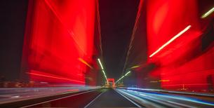 東京アラートのレインボーブリッジの写真素材 [FYI04529229]