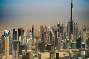 ドバイ(アラブ首長国連邦)の都市風景の写真素材 [FYI04532109]