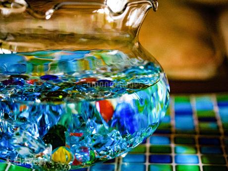 金魚鉢1の写真素材 [FYI04532311]