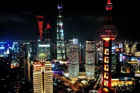 中国 上海 夜景 大都市 ビル群 東方明珠タワー 発展 未来の写真素材 [FYI04532335]