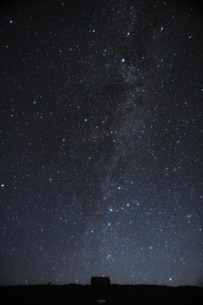 箱から星屑がの写真素材 [FYI04533268]
