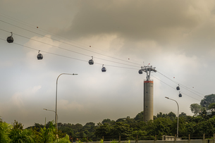 シンガポール・セントーサ島のケーブルカーの写真素材 [FYI04533817]