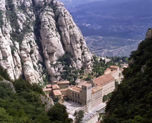 スペイン バルセロナ モンセラットの修道院の写真素材 [FYI04534237]