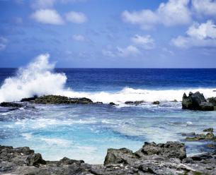 ミクロネシア連邦 ロタ島 スイミングホールの写真素材 [FYI04534364]