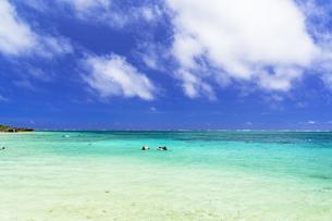 宮古島のわいわいビーチの写真素材 [FYI04534582]