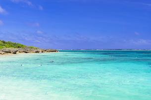 宮古島のわいわいビーチの写真素材 [FYI04534587]