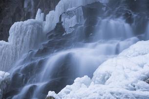 冬の乙女滝の写真素材 [FYI04535275]