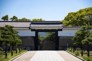 大阪城大手門の写真素材 [FYI04541235]