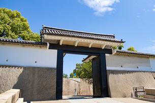 大阪城桜門の写真素材 [FYI04541241]