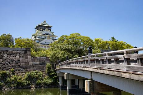 極楽橋からの大阪城の写真素材 [FYI04541263]