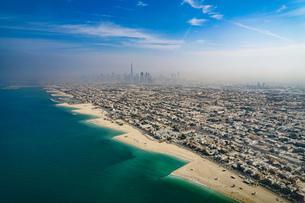 ドバイ(アラブ首長国連邦)の都市風景の写真素材 [FYI04541990]