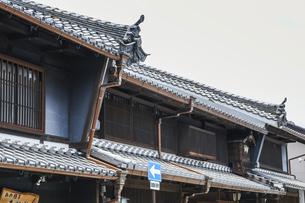 うだつのある歴史ある建物の写真素材 [FYI04542478]