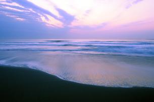 九十九里浜の夜明けの写真素材 [FYI04542740]