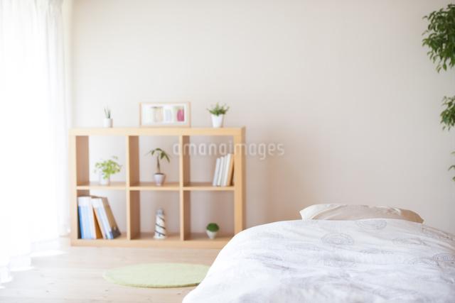 ベッドルームの写真素材 [FYI04545620]
