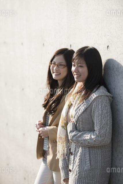 若い女性のポートレートの写真素材 [FYI04556109]
