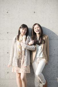 若い女性のポートレートの写真素材 [FYI04556117]