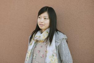 若い女性のポートレートの写真素材 [FYI04556228]