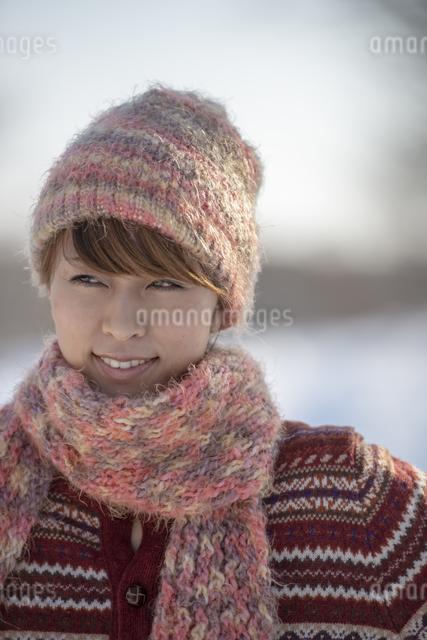 微笑む女性の写真素材 [FYI04558612]