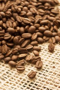 コーヒー豆の写真素材 [FYI04559854]