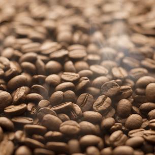 コーヒー豆の写真素材 [FYI04559865]