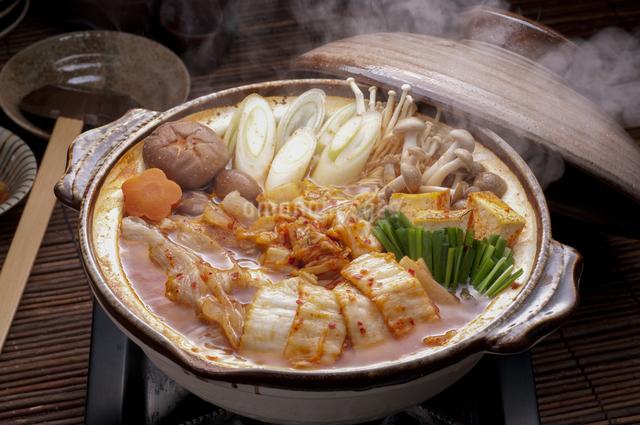 キムチ鍋の写真素材 [FYI04560235]