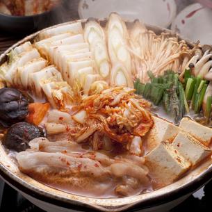 キムチ鍋の写真素材 [FYI04560239]