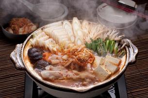 キムチ鍋の写真素材 [FYI04560240]