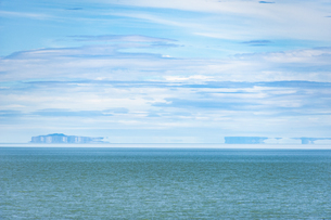 パタゴニアの蜃気楼:ビエドマ湖の写真素材 [FYI04561426]