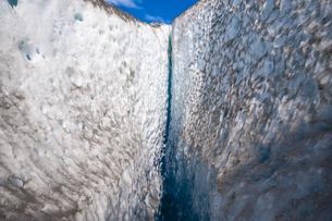 パタゴニア・氷河のクレバスの写真素材 [FYI04561460]