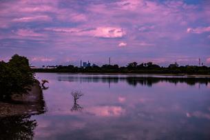 湖と空の写真素材 [FYI04562666]