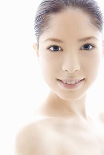10代日本人女性のビューティーイメージの写真素材 [FYI04565591]